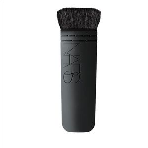 NARS ita brush